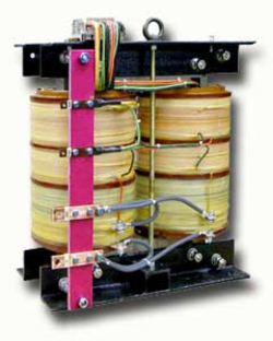 Single-phase medium-voltage transformer